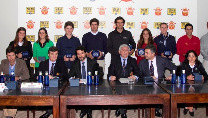 Quince profesionales (10 chicos y 5 chicas) en el Programa Pro Spain Team 2014 de la Real Federación Española de Golf