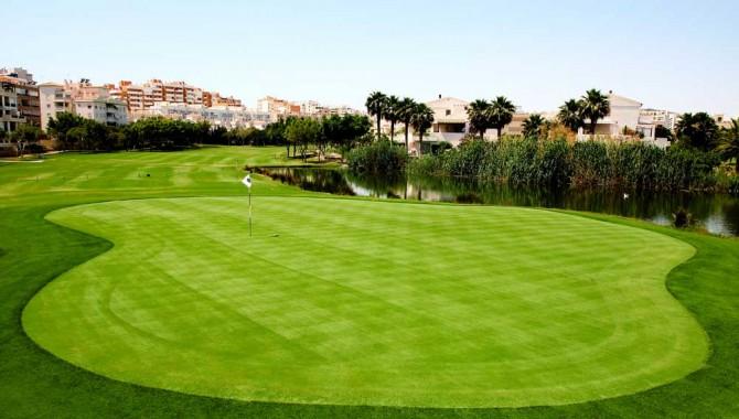 La fase previa abre el fuego del VI Torneo Match Play Alicante Golf