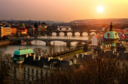Escapadas en Semana Santa: de la monumental Praga a la misteriosa Jaipur, pasando por las fortalezas de los zares